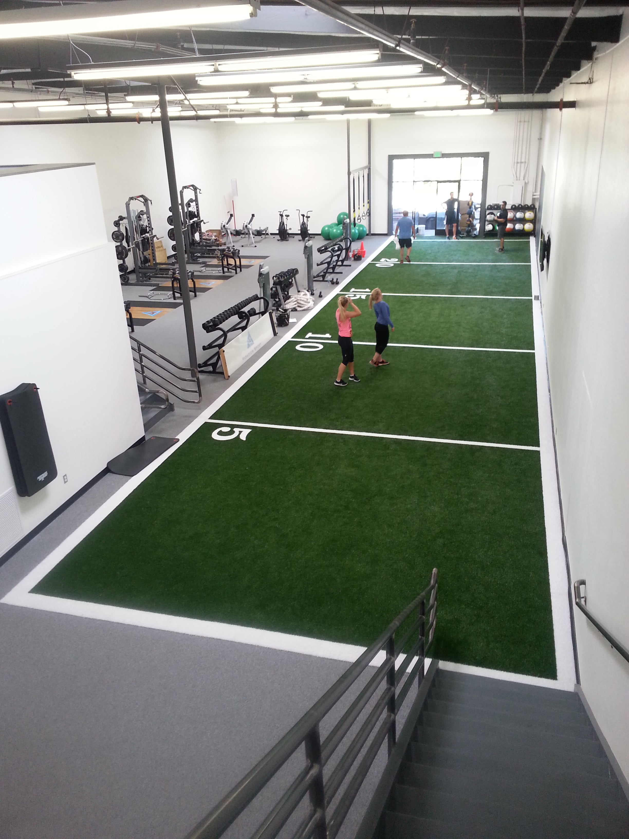 Photo galleries grasstex for Athletic training facility design